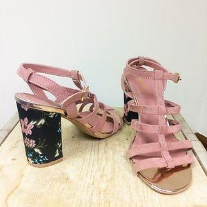 CLEARANCE❗️  Boho Embroidered Block Heel Sandal